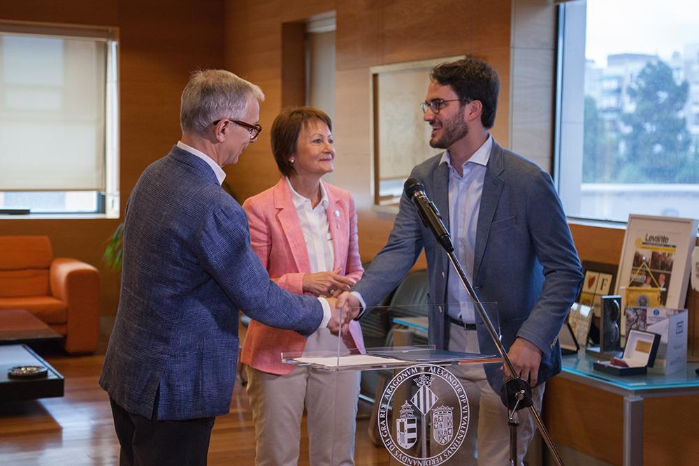 Fundación Cañada Blanch y la Universitat de València entregan el Premio Fundación Cañada Blanch