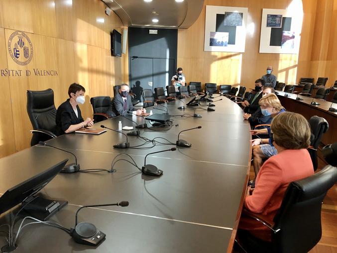 Conveni de col·laboració entre la UV i el Col·legi Notarial de València - imatge 0