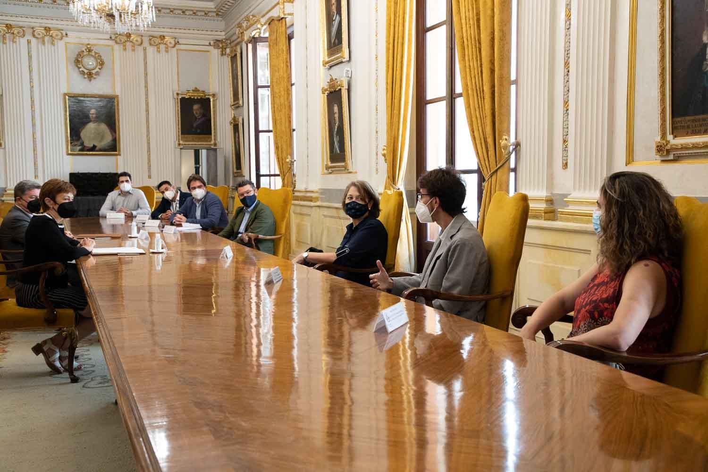 La Universitat y Capgemini renuevan Cátedra de Innovación hasta 2023