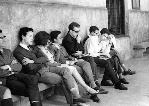 Estudiantes vinculados a les actividades del Sindicato Democrático de Estudiantes de Valencia. 1966.