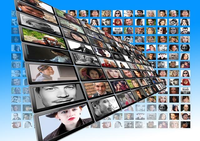 El multimedia amplía las ventanas de exhibición