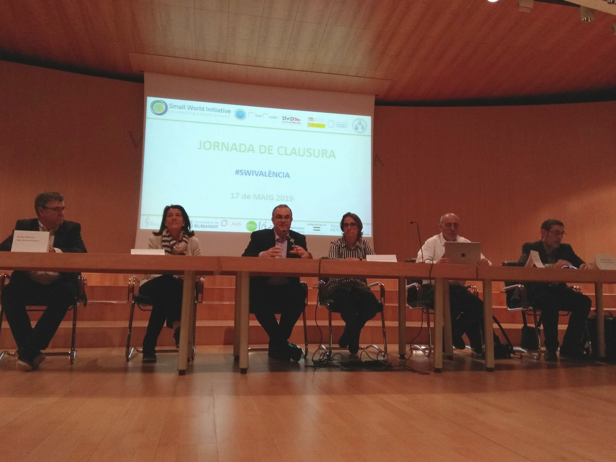 (From left to right). Roc Senent, María Luisa Ferrándiz, Sergi Maicas, Inmaculada García-Robles, Ferran Suay and Rafael Castelló.