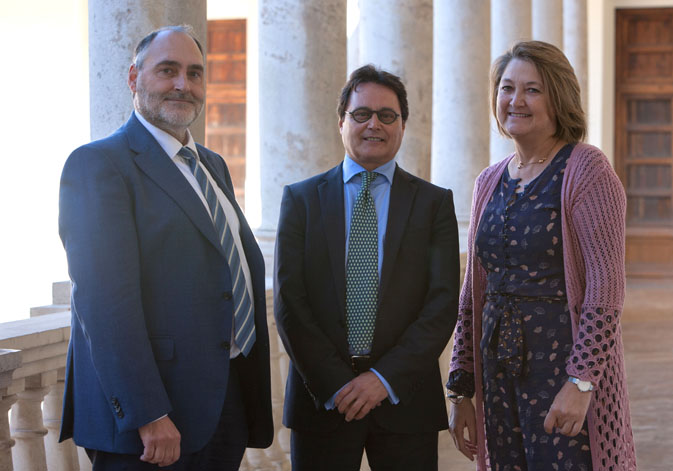 (From left to right). The vice-rector for research of the University of Valencia, Carlos Hermenegildo; Jordi Garcés, director of Polibenestar; and the vice-rector for Innovation and Transference, Mª Dolores Real Garcia.
