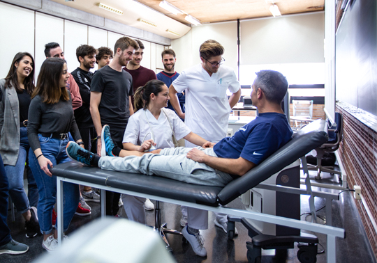Practice in the Faculty of Physiotherapy of the University of Valencia.