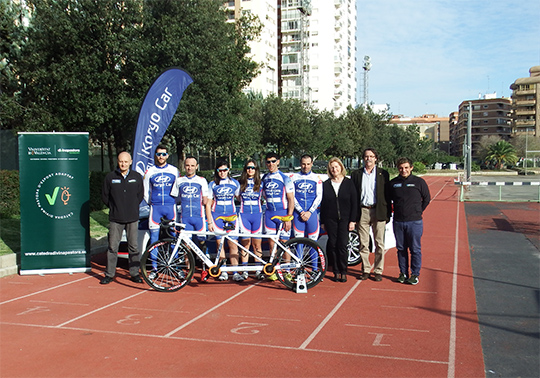 "Blasco Ibáñez hosts the presentation of the cycling team ""Hyundai Koryocar paracycling team"""