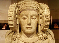 Lady of Elche in the National Archaeological Museum (Wikimedia)